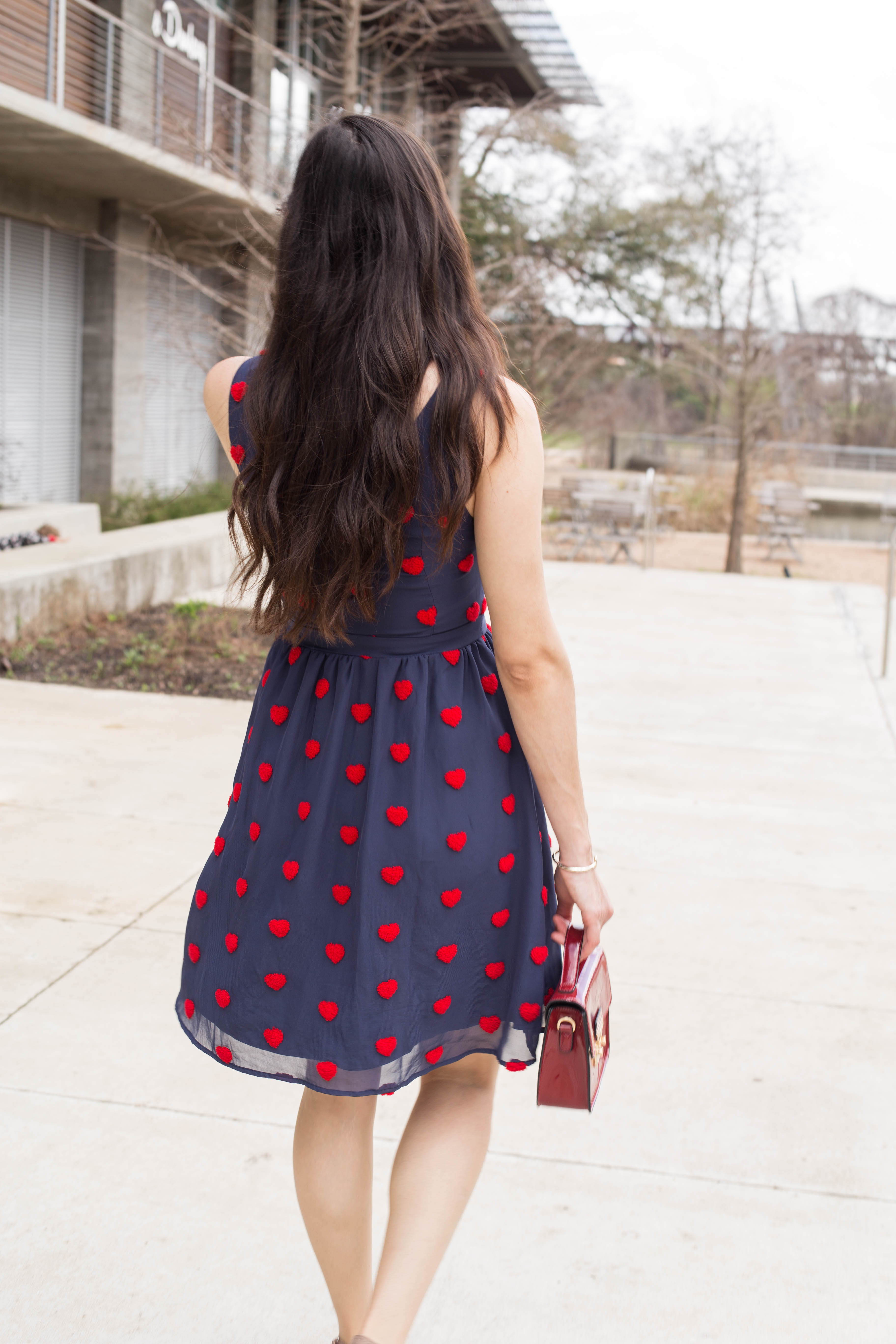 Cute A line Skirt perfect for #datenight : The Fashionable Maven