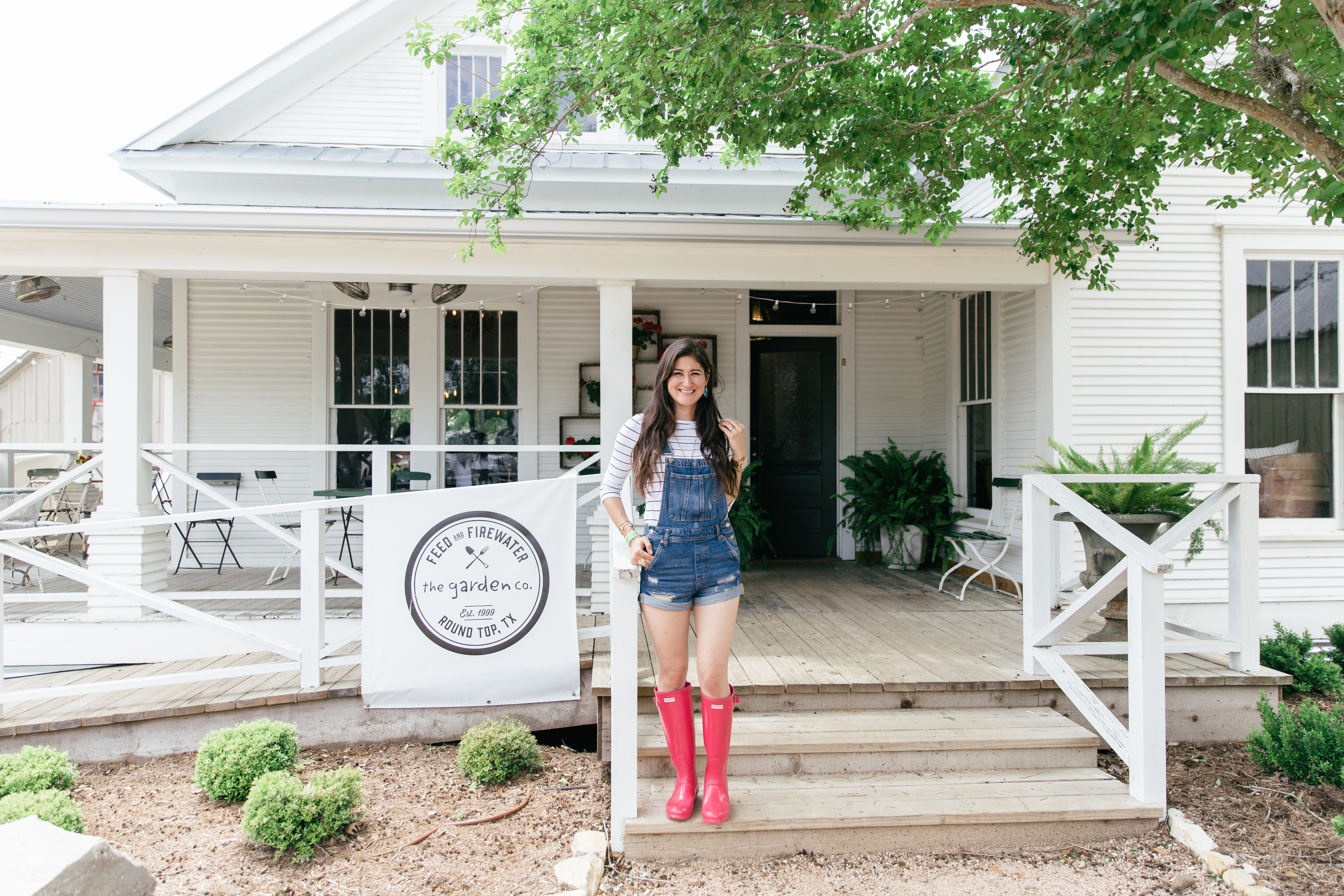 Round Top Antiquing tips