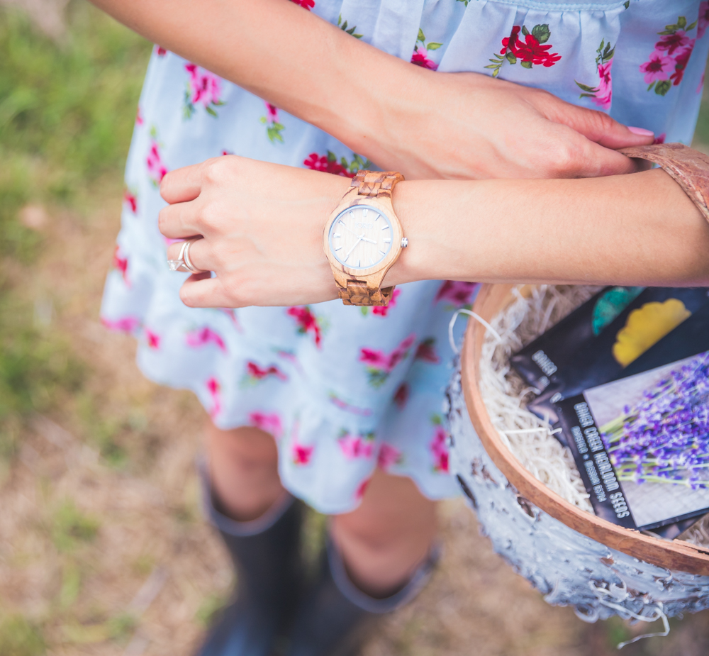 A closer look at unique ladies watches: Wooden watches