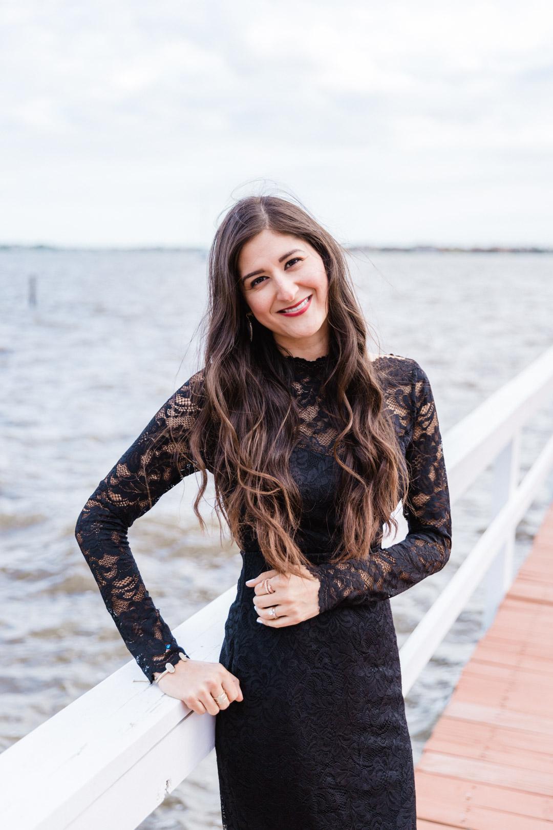 Fall Wedding style: Little black dress: Lace dress. | The Fashionable Maven #falllfashion