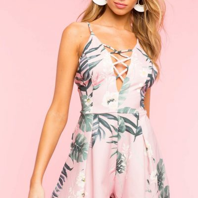 Palm Print clothing items and other finds under $25: The Fashionable Maven