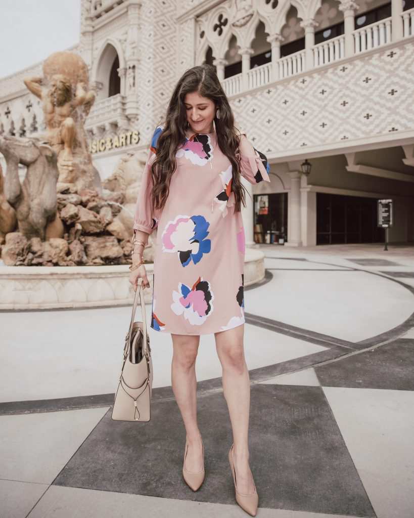 Cute blush floral midi dress great for Easter outfit or Spring outfits. Click to see how this fashion blogger styled it another way. #Easterstyle #Floralmididresses #targetoutfit